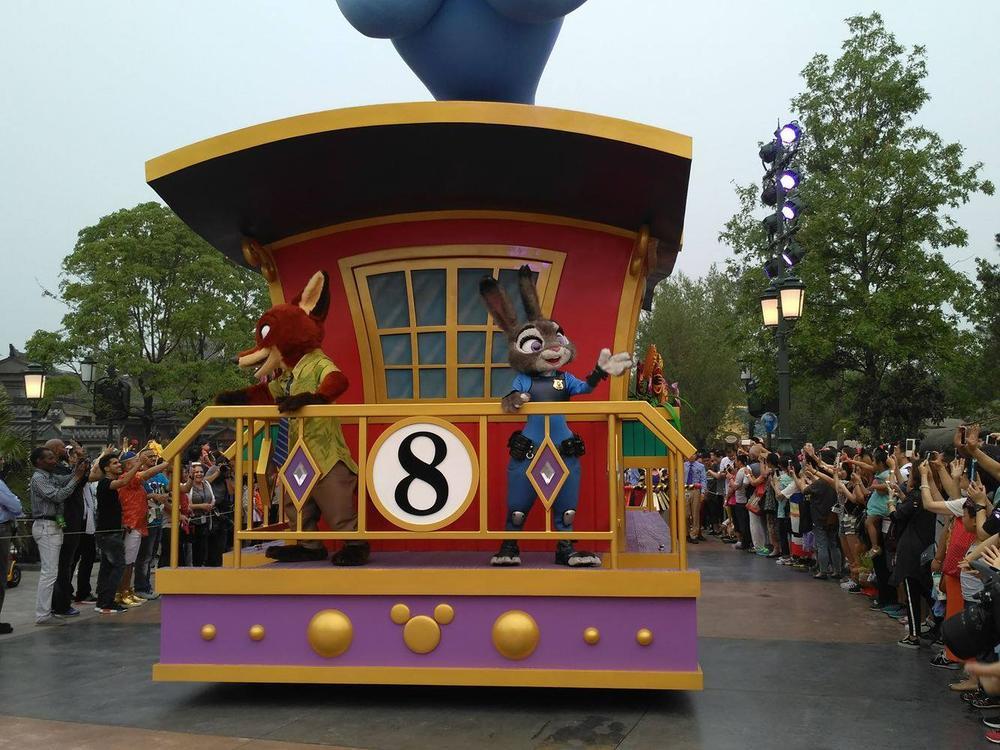 Novità Shanghai Disneyland Resort - apertura 16 giugno 2016 13453175_10208567610361554_709981164_o