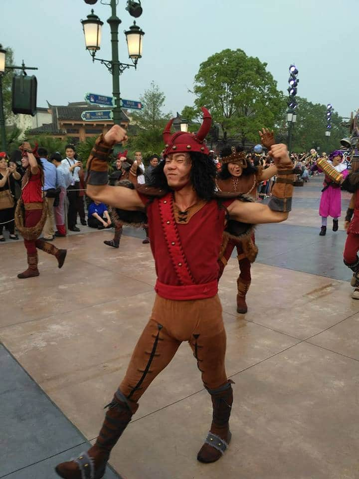 Novità Shanghai Disneyland Resort - apertura 16 giugno 2016 13457566_10208567607041471_1012031890_n