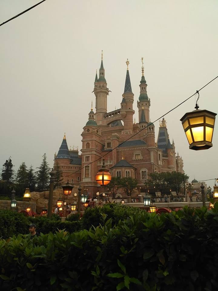 Novità Shanghai Disneyland Resort - apertura 16 giugno 2016 13466071_10154279233584776_6402672967274514254_n