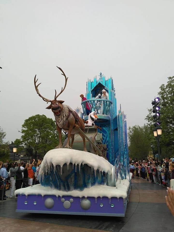 Novità Shanghai Disneyland Resort - apertura 16 giugno 2016 13472213_10208567608361504_1530891974_n