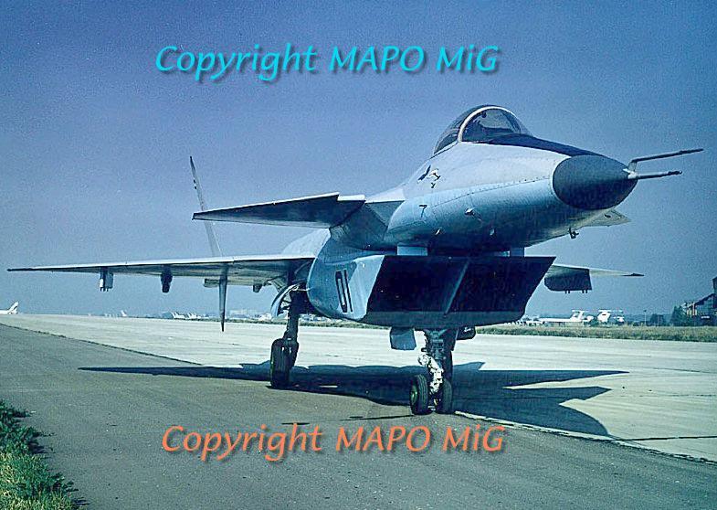 الطائرات المصريه المحليه الصنع افضل من اى طائره اجنبيه - صفحة 2 Mfi-i42-1