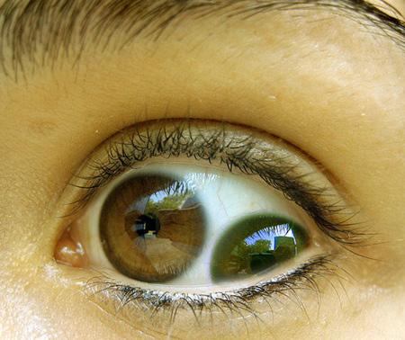 صورة لعين فتاة روسية تبلغ من العمر 16 عاما 4049_lkjhgfghjk