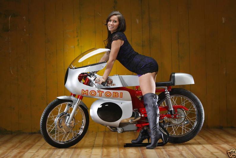 On ne voit jamais assez de Motobi Motobi