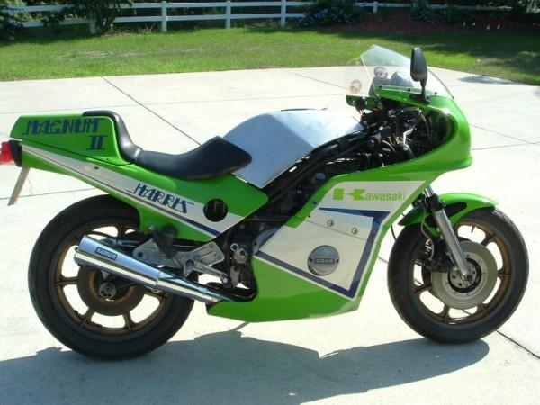 toutes docs ou photo de moto Harris Harris-right-600x450