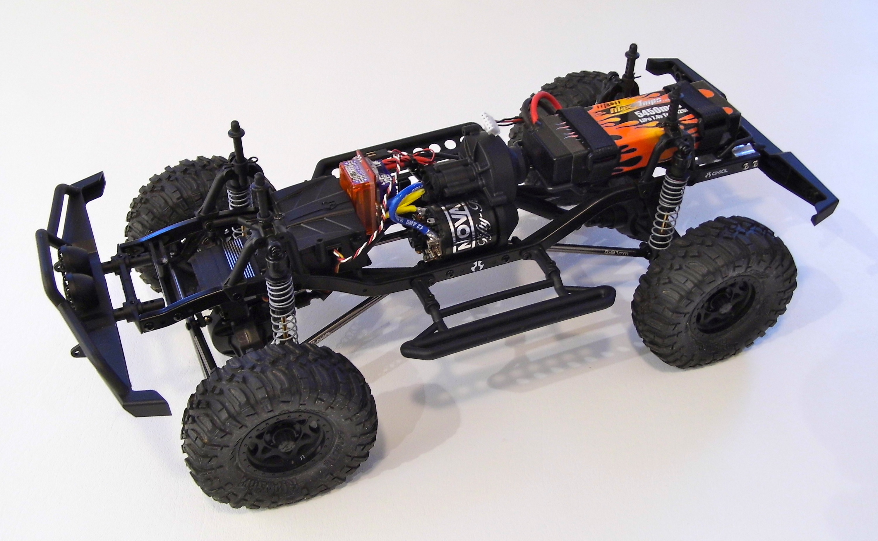 Setting up a chassis for D90 Land Rover body  Chassis1