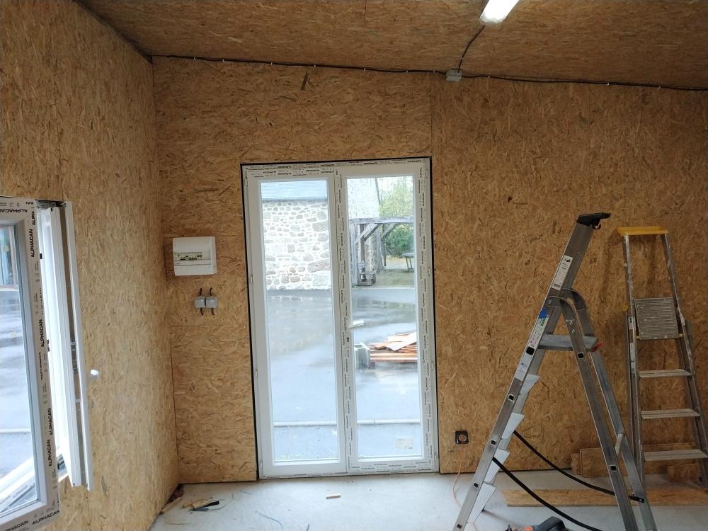 Construction d'un garage double en ossature bois - Page 6 Garage_49