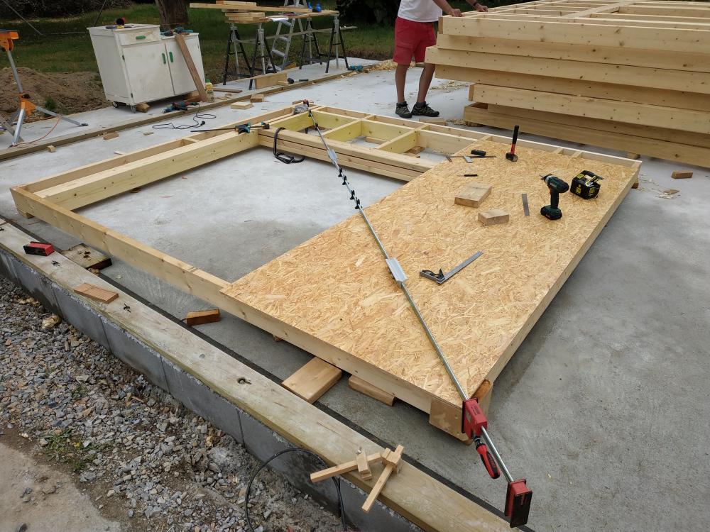 Construction d'un garage double en ossature bois - Page 5 Serre_joint