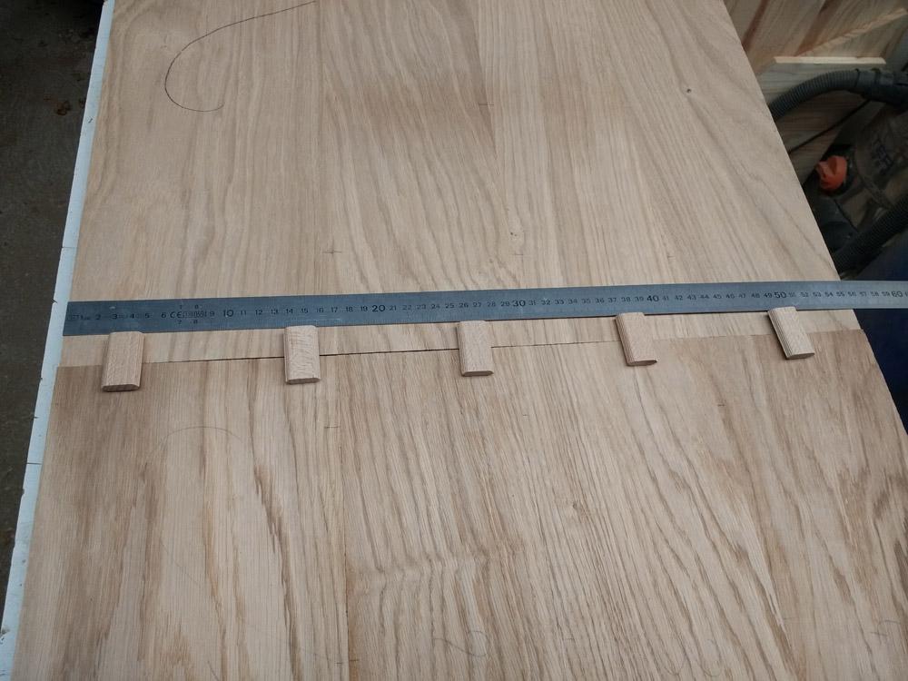 Une table basse pompée Tb_47