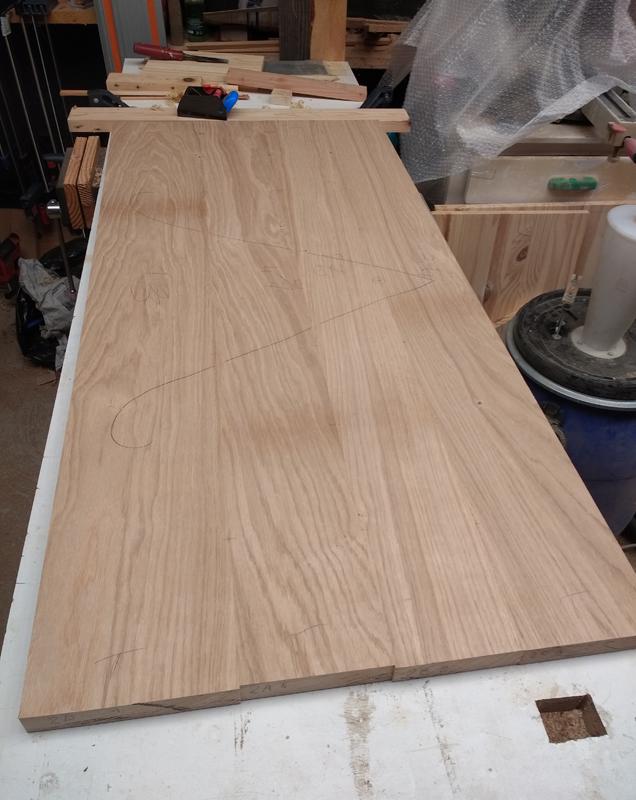 Une table basse pompée Tb_9