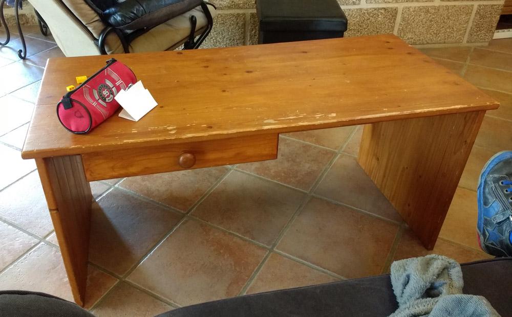 Une table basse pompée Tb_actuelle