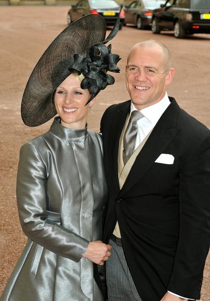 Королевская свадьба: Как Британия нарядилась к торжеству - Страница 2 Shlapki_na_korolevskoy_svadbe_ke_readmas.ru_02
