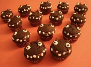 Хелоуин меню Monster-cupcakes-300x221