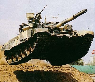 مسابقة الأسئلة العسكرية 2013. إدخل و فوز بجوائز! T-90S_demo_mobilite