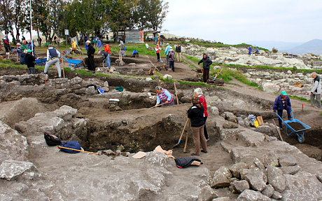 """Vampire grave"" found in Bulgaria  31887bulgaria-vampire-dig"