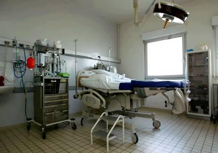 Maïa Simon 218339-maia-simon-meurt-en-suisse-et-denonce-l-hypocrisie