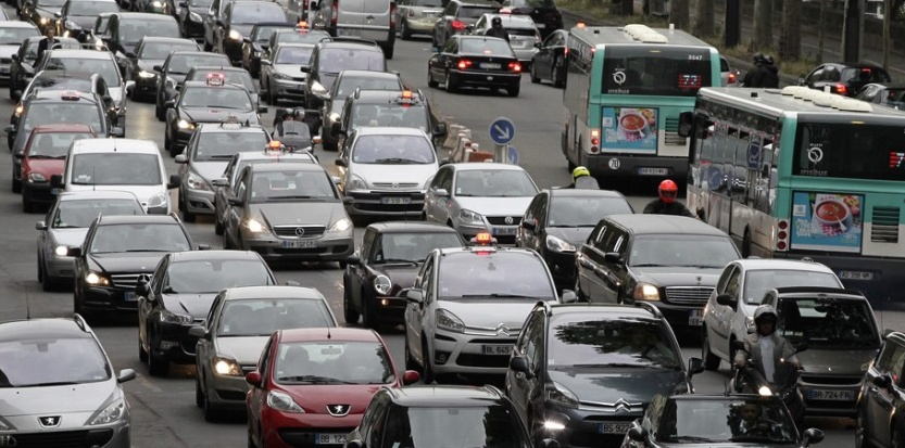 Couleur des taxis 5698727-paris-est-la-ville-francaise-championne-des-embouteillages