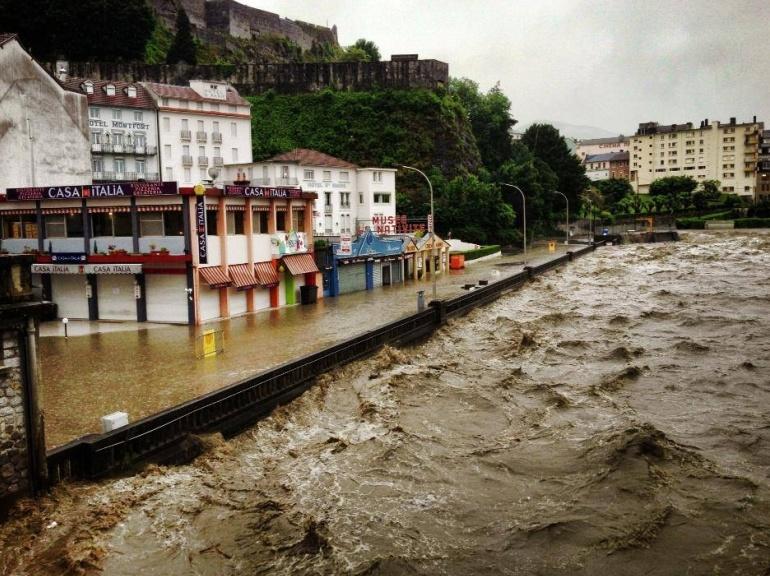 EN IMAGES. Inondations dans le Sud-Ouest 5948077