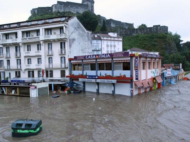 EN IMAGES. Inondations dans le Sud-Ouest 5948089