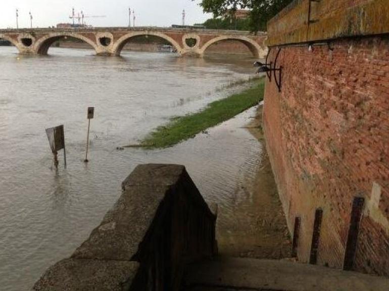 EN IMAGES. Inondations dans le Sud-Ouest 5948099