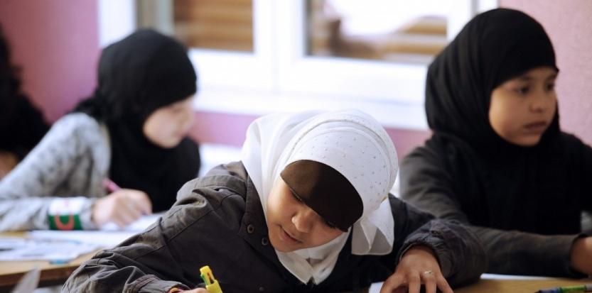 Le retour du voile à l'école ?  6756392-integration-un-rapport-remet-sur-la-table-la-question-du-voile-a-l-ecole