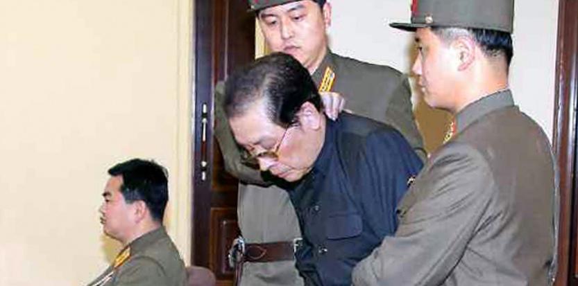 Corée du Nord : Kim Jong-Un a t-il fait dévorer son oncle par des chiens ? 6810233-coree-du-nord-l-oncle-de-kim-jong-un-devore-par-des-chiens