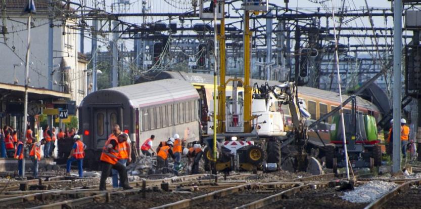 Une fissure dans un rail à l'origine de l'accident de Bretigny 6829481-une-fissure-dans-un-rail-a-l-origine-de-l-accident-de-bretigny
