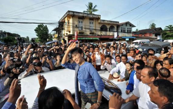 Birmanie - un zest d'ouverture de facade - Page 2 5381322465595
