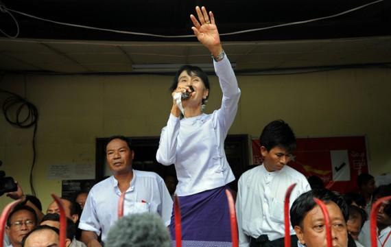 Birmanie - un zest d'ouverture de facade - Page 2 8481333457925