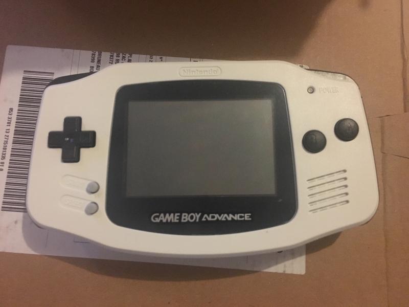 [ECH] Des console portables et des jeux [RECH] Consoles HS [DON]SD2VITA 417ec0a20c98044e32671016424237d1af9d7979