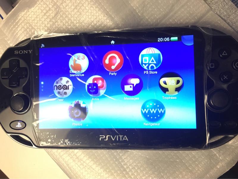 [ECH] Des console portables et des jeux [RECH] Consoles HS [DON]SD2VITA 873ec81c15c4b59844006bd6012f33dacaca851f