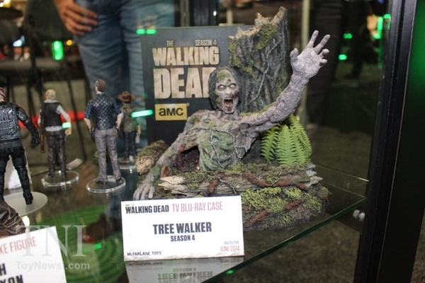 The Walking Dead : Topic Officiel des Editions - Page 6 47e17ba33e2fe9945d073f73baba215cea33e015