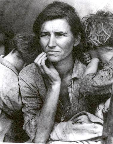 La photographie - Page 2 Lewis-Hine-Migrant-Mother