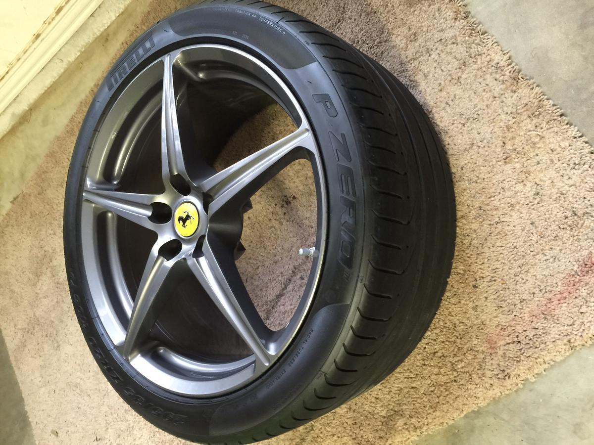 Ecco la mia Elise s2 rossa! 883947d1415140284-fs-oem-ferrari-458-sport-wheels-titanium-grey-tires-caps-tpms-img_3231