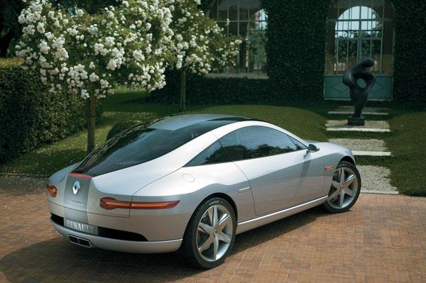 [Concepts] Les plus beaux concepts-car de 2000 à nos jours! - Page 3 Renault-fluence