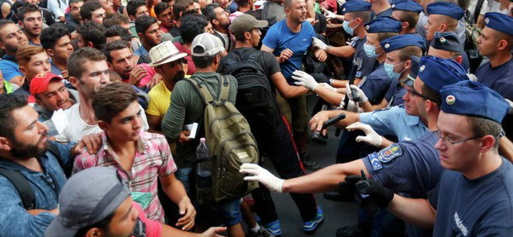 Migrants: Faire appel à l'émotionnel, est ce bien raisonnable? 1221182617-1728x800_c