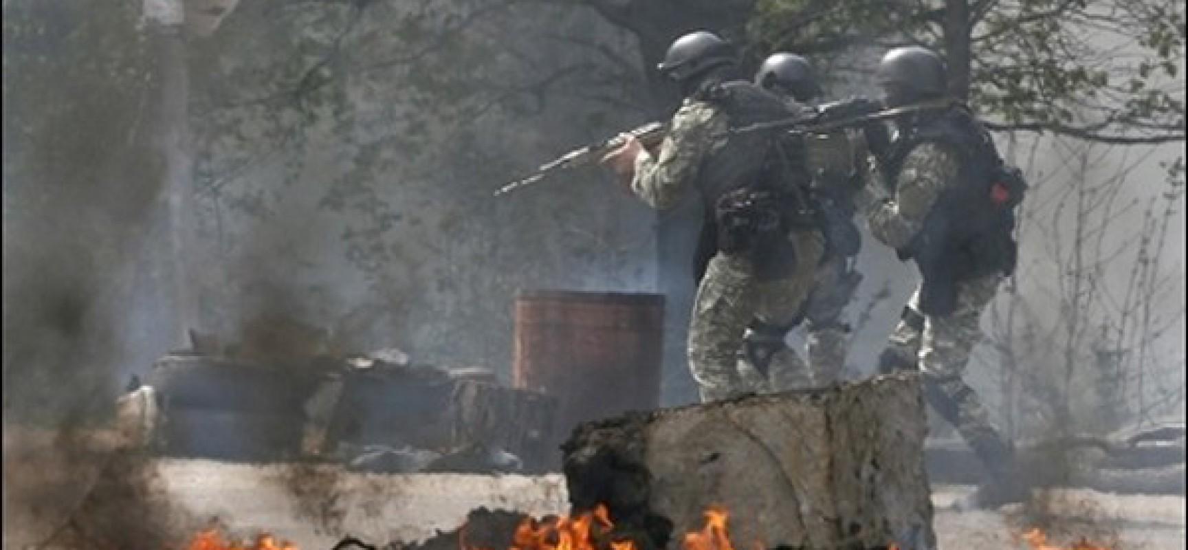Affrontements en Ukraine : Ce qui est caché par les médias et les partis politiques pro-européens - Page 16 Ukraine_combat-1728x800_c