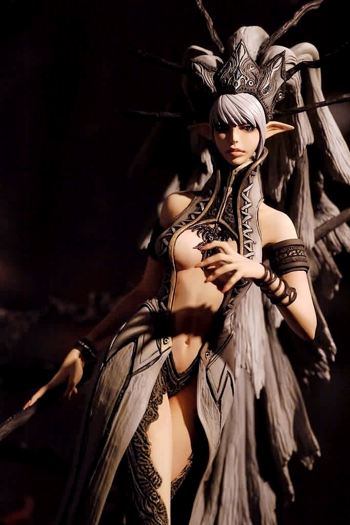 Vu sur facebook Resin-kit-pkking-01-dark-elf-queen-p001-r
