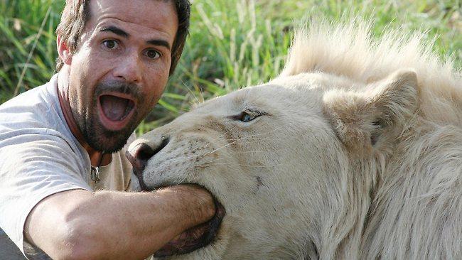 El hombre que susurra a los leones (Pasen a mirar, ¡no se arrepentirán!) 386100-the-lion-whisperer