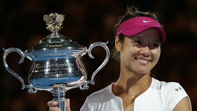 Tennis : actus, joueurs , joueuses, tournois, histoire ... - Page 12 459374-7eefadc4-85af-11e3-b939-7fcb48a5bb4a