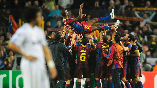 Back to the Season 2010/11 560931-barcelona-v-real-madrid