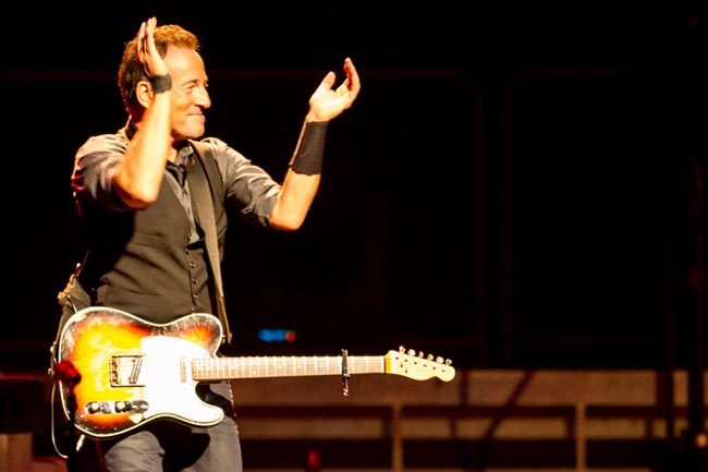 Bruce Springsteen - Page 26 515051-bruce-springsteen-perth-2014