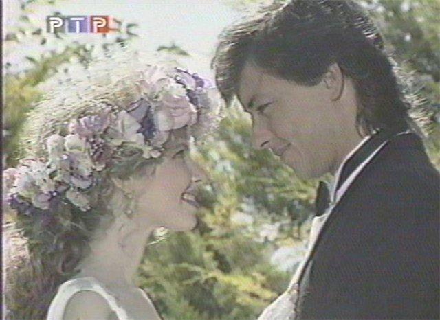 Свадьбы в сериалах Ee527e322fd4