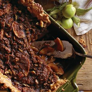 Deep-Dish Apple Bourbon Streusel Pie Img92l