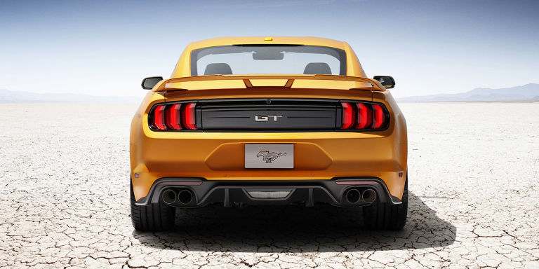 2014 - [Ford] Mustang VII - Page 14 Gallery-1484594346-new-ford-mustang-v8-gt-with-performace-pack-in-orange-fury-3-1