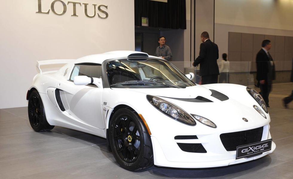 Consigli x acquisto  546b6d86c52df_-_2011-lotus-elise-and-exige-rgb-special-edition-lg