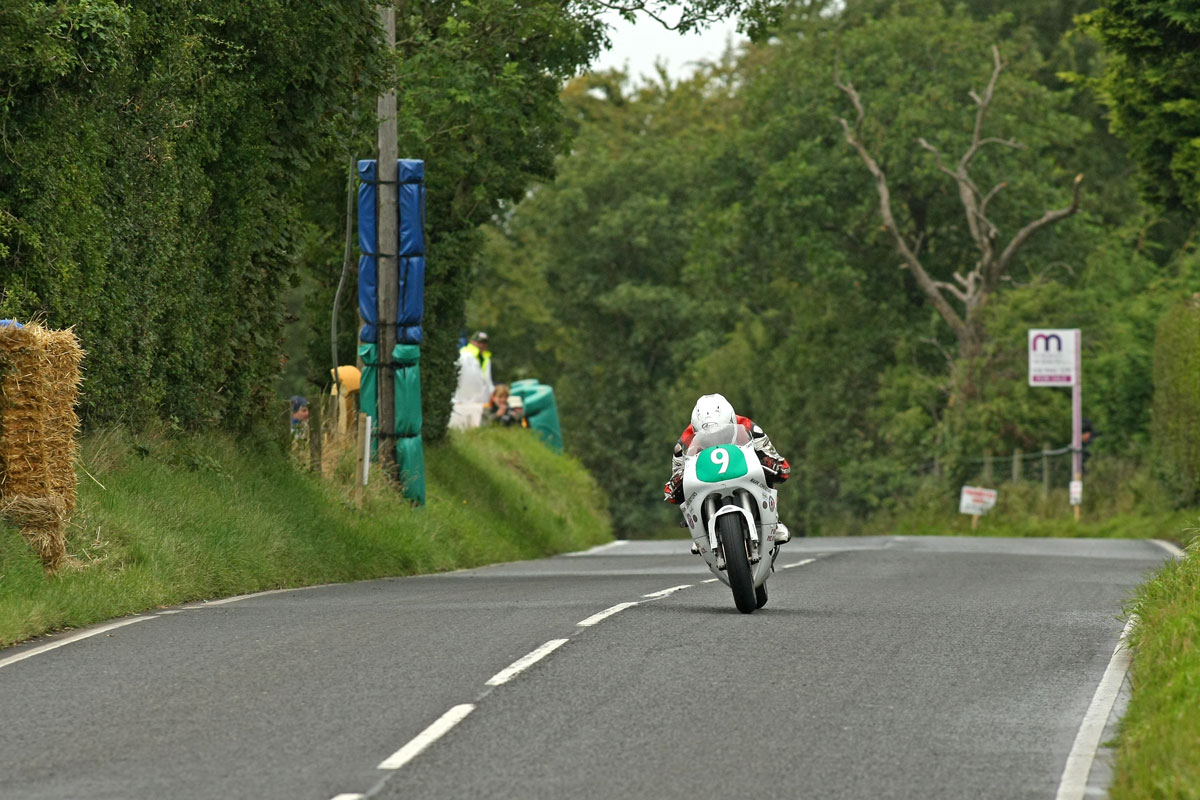[Road Racing] 2014 - Page 12 James-Cowton-Sat