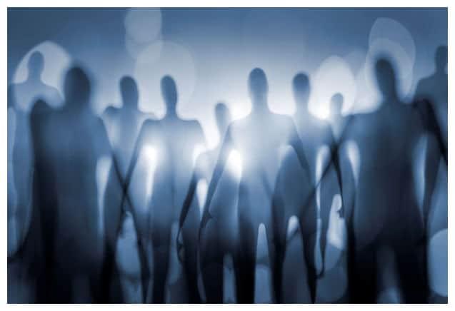 Des scientifiques de l'Université de Californie confirment la réception d'un signal radio extraterrestre  Aliens