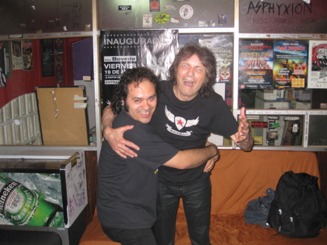 Rock On Magazine - Página 3 SergioMartosDennis