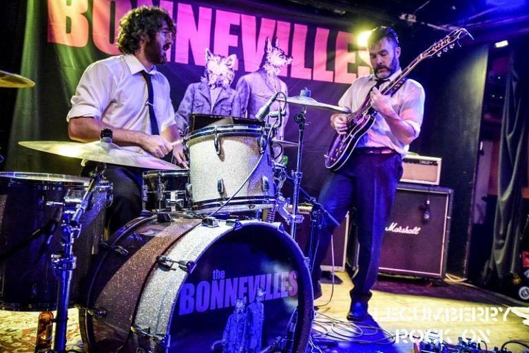 Dúos guitarra + batería - Página 10 Bonnevilles-rocksound-768x513