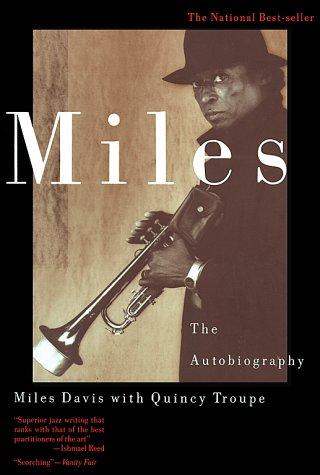 Miles Davis y sus zapatos de chupamelapunta Miles